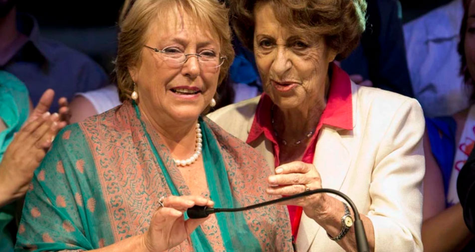 Michelle Bachelet y su madre